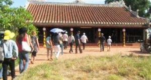 Đình làng Thủ Lễ