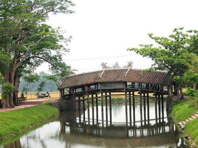 Cầu ngói Thanh Toàn
